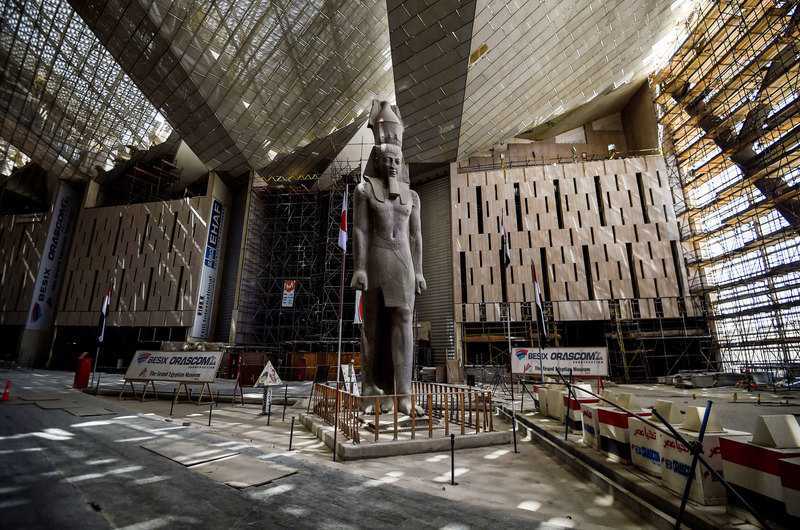 Huge artifacts arrive at the Grand Egyptian Museum for display in the grand staircase